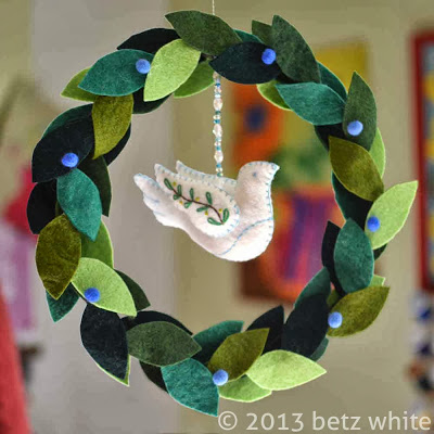 Dove-wreath3